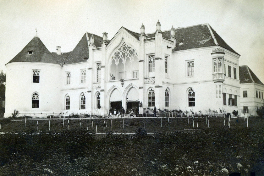 Bontida_Castle_in_1890-2